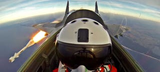 Illustration for article titled This New MiG-29 Fighter Jet Video Is Absolutely Marvelous