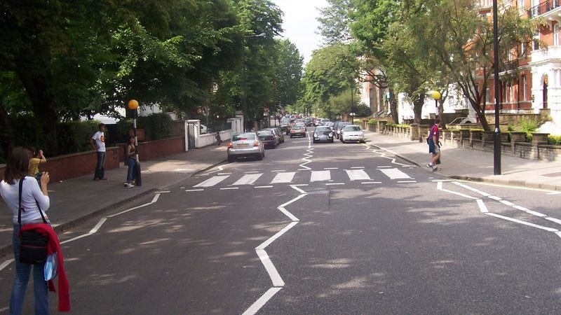 Illustration for article titled Watch a bunch of dummies almost get hit by a bus on the Abbey Road live stream