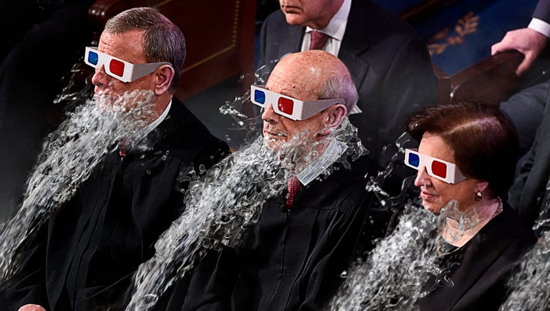 Illustration for article titled Guests' Chairs Tilt, Spray Water At Them During First-Ever 4D State Of The Union Address