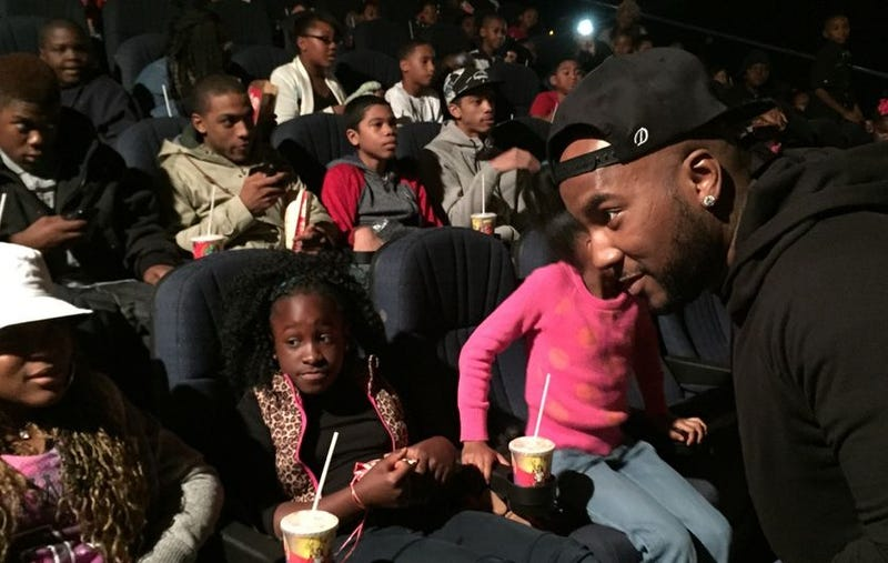 Illustration for article titled Young Jeezy Bought Out Entire Theater To Treat Moviegoers to Annie