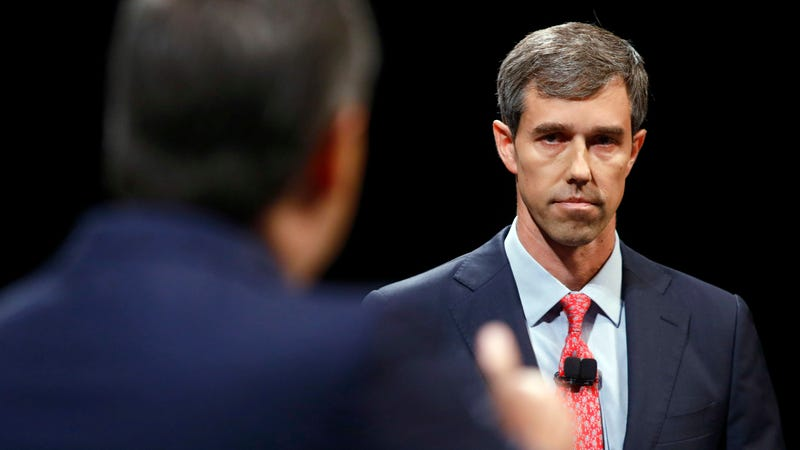Illustration for article titled Beto O'Rourke Is 'Not' Running for President in 2020, *Wink*
