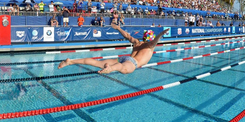 Illustration for article titled Watch One Of The Best Swimmers In The U.S. Belly Flop Like A Pro