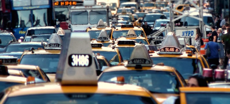Illustration for article titled Should New York City's Speed Limits Be Lowered? A Jalopnik Debate