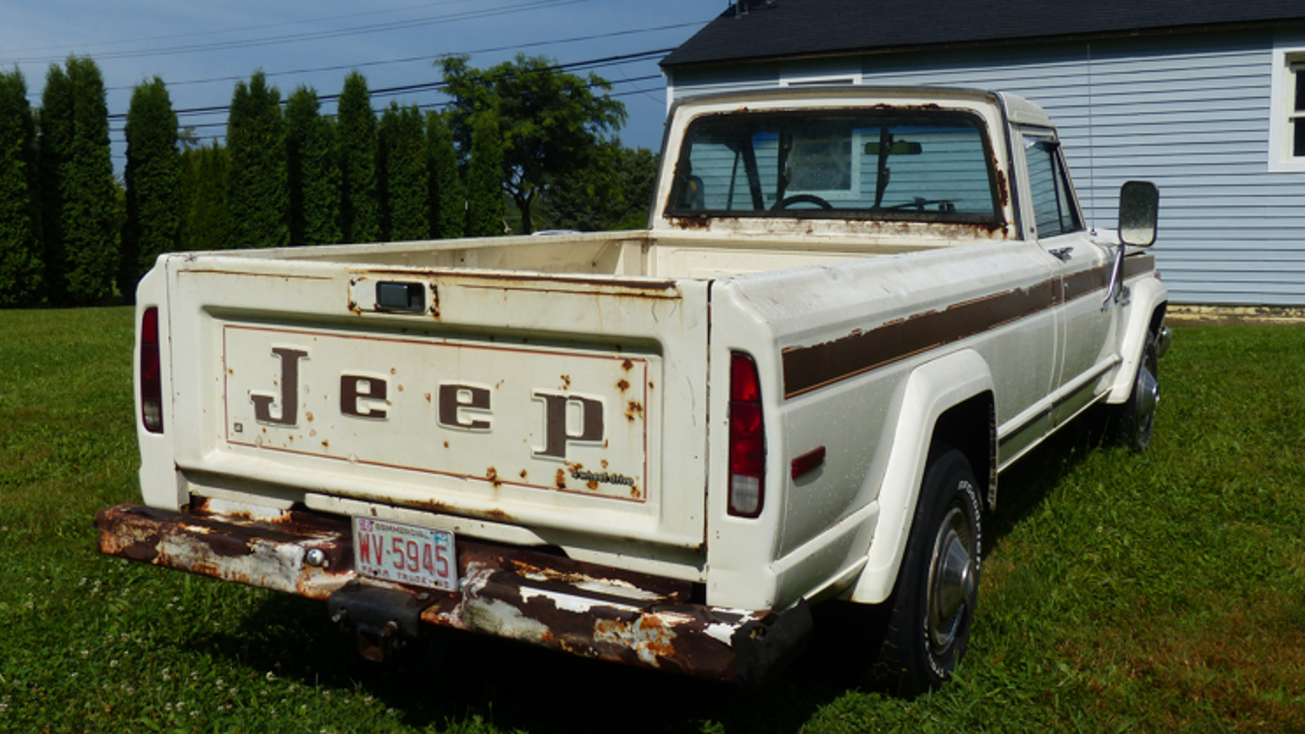 There's No New Jeep Pickup Truck, So We're Just Gonna