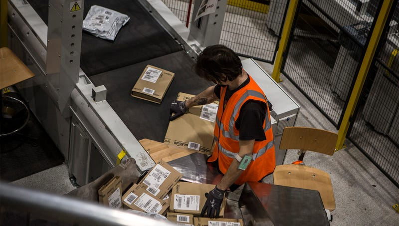 Illustration for article titled Amazon Fires Warehouse Worker Who Took Unauthorized Breath