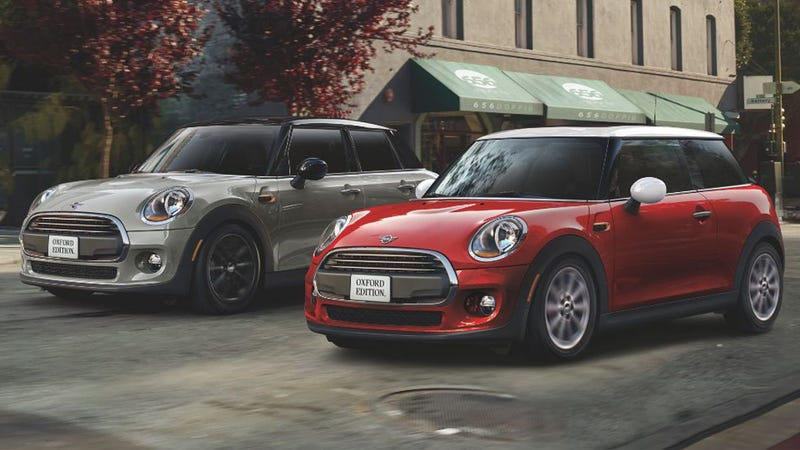 Illustration for article titled The 2019 Mini Cooper Oxford Edition Is a Sweet Value for College Grads on a Budget (Updated)