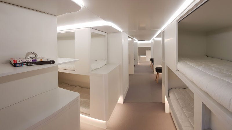 Illustration for article titled Airbus quiere convertir la bodega de sus aviones en dormitorios con camas para vuelos largos