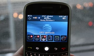 Illustration for article titled AT&T BlackBerry Bold Review: Best BlackBerry Yet