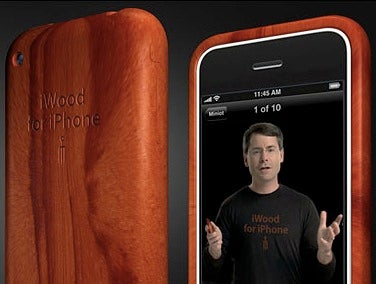 Illustration for article titled iWood Case for iPhone Covers Up That Which is Already Purdy