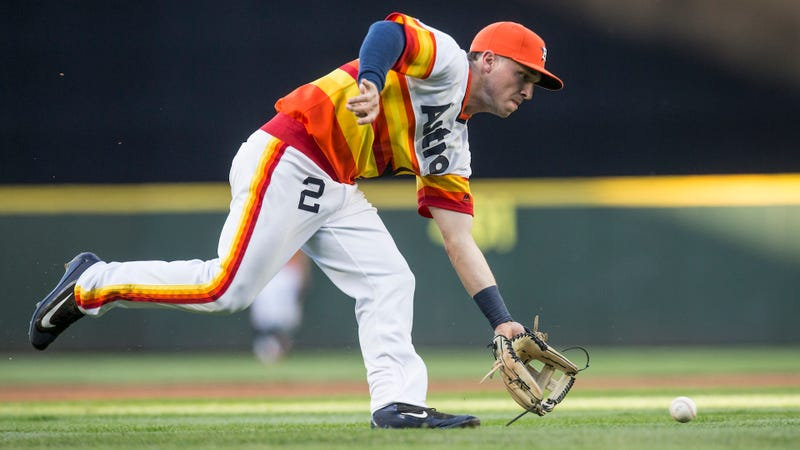 Astros third baseman deletes his Twitter account after blasting a fan's DMs