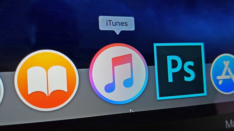 The Incredible Old-School iTunes Feature I Hope Apple Doesn