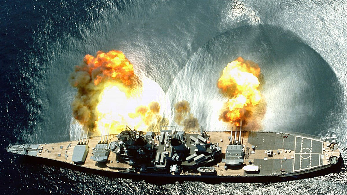Spectacular photos of the US Navy's most powerful battleship