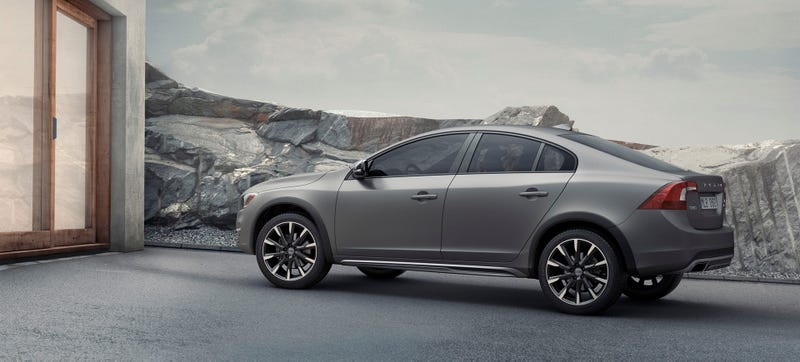 Illustration for article titled 2015 Volvo S60 Cross Country: This Is It