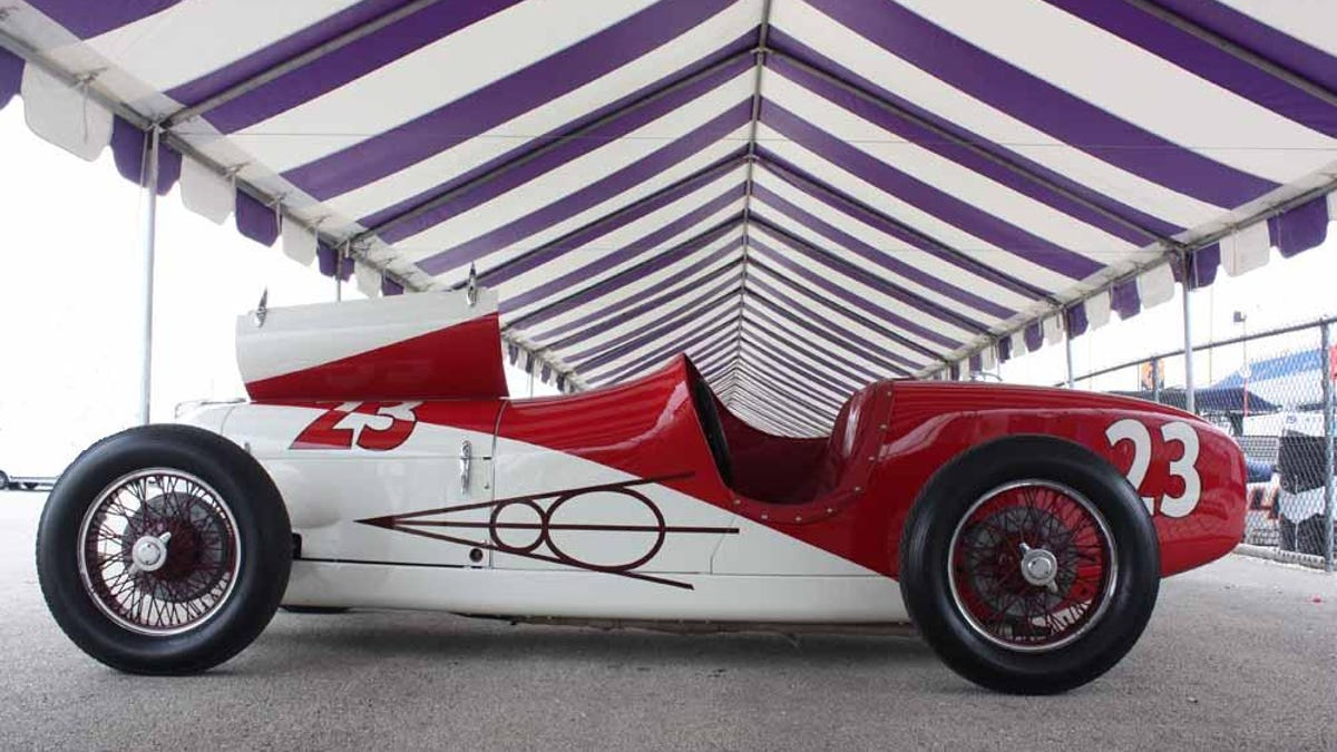 Vintage IndyCars Are Extraordinarily Beautiful