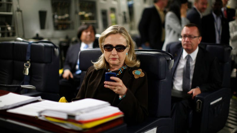 Illustration for article titled The NSA Wouldn't Let Hillary Use a Blackberry As Secretary of State