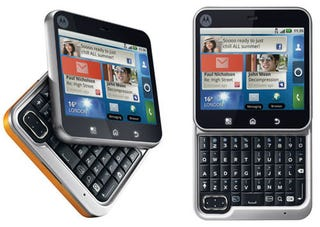 Illustration for article titled Motorola Flipout Is The Microsoft Kin of Androids