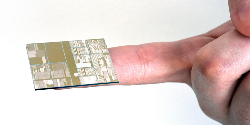 Illustration for article titled IBM's New Chip Is Four Times as Powerful as Today's Best Silicon