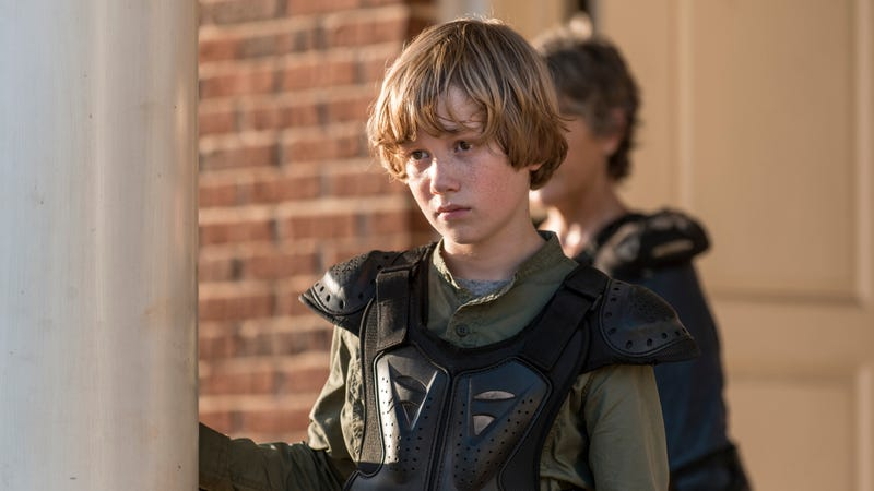 Henry (Macsen Lintz) contemplating doing something unspeakably moronic.
