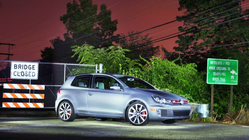 Illustration for article titled Your Ridiculously Awesome Volkswagen GTI Wallpaper Is Here