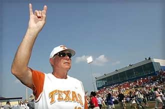 Illustration for article titled Hook 'em, Danno: Texas Baseball Coach Charged With DWI, Suspended