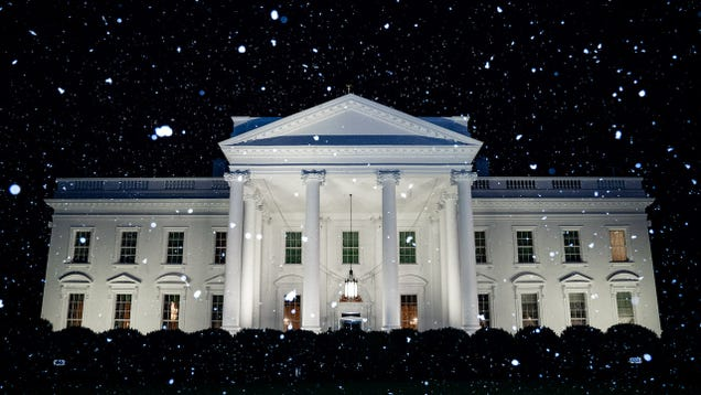 White House Tweets  First Snow of the Year  On Same Day It Hits 70 Degrees in Washington D.C.
