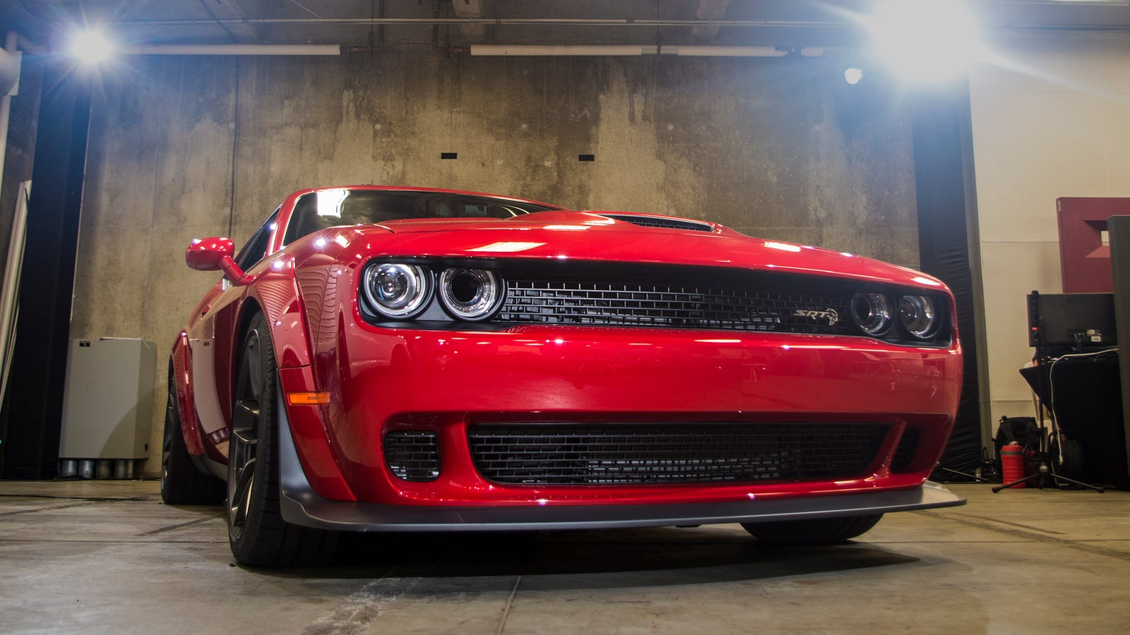 The Dodge Challenger Hellcat Widebody Still Wants To Kill You