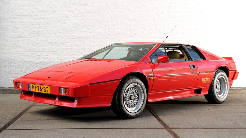 the 1981 lotus esprit turbo has a hidden second spoiler because it made too much downforce. Black Bedroom Furniture Sets. Home Design Ideas