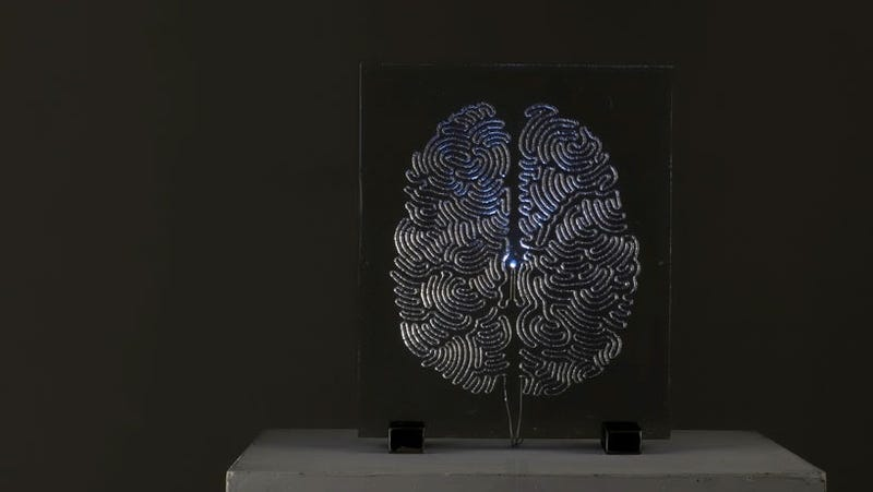 Illustration for article titled This Electrified Brain Is Made of Thousands and Thousands of Drops of Solder