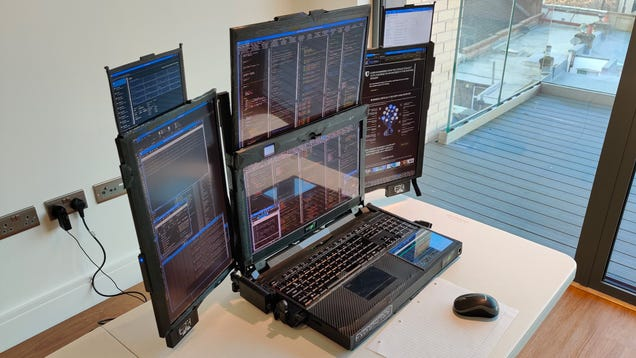 It s No Surprise This Absolutely Obscene 7-Screen Laptop Has 1-Hour Battery Life