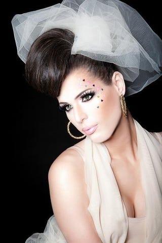 Illustration for article titled Petition to make Carmen Carrera the first transgender Victoria's Secret model!
