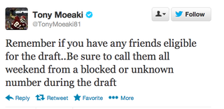 Illustration for article titled The Chiefs' Tony Moeaki Wants You To Do Some NFL Draft Trolling
