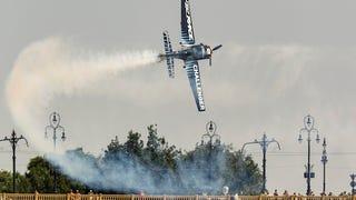Baszódjál meg, Red Bull Air Race!