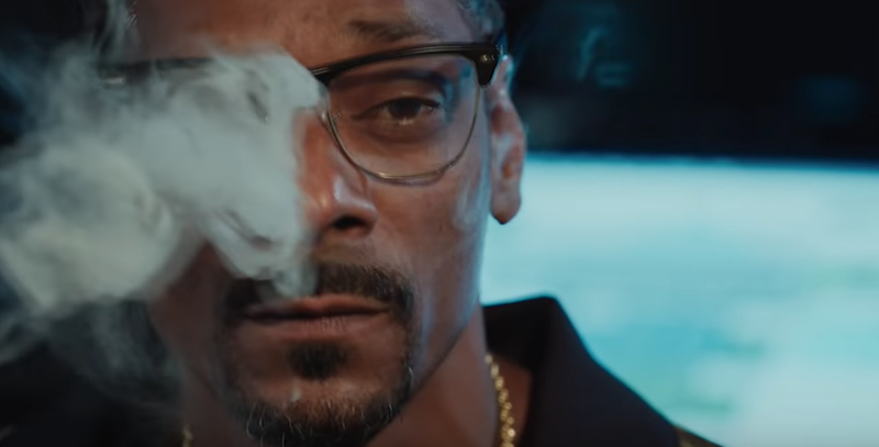 "Snoop Dogg in ""Grass Is Greener"""