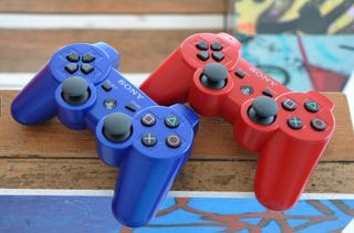 Illustration for article titled PS3 Getting Blue, Red Controllers