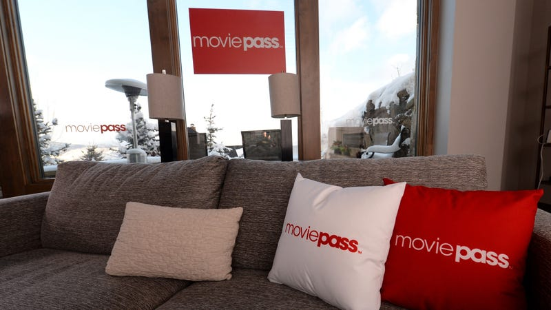 Illustration for article titled MoviePass, desperate to get back together, is bringing back the unlimited plan
