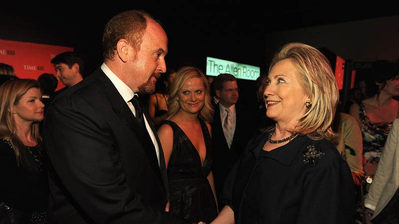 Illustration for article titled Amy Poehler Casually Photobombs Hillary Clinton and Louis CK