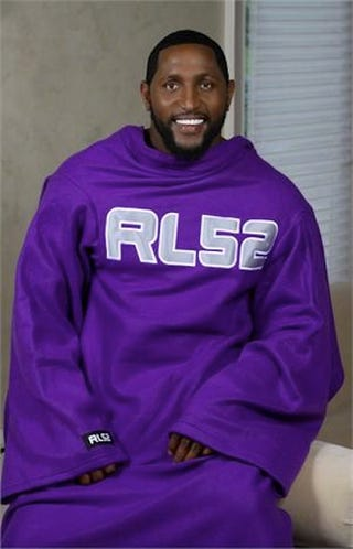 Illustration for article titled Ray Lewis Wants To Snuggie With You