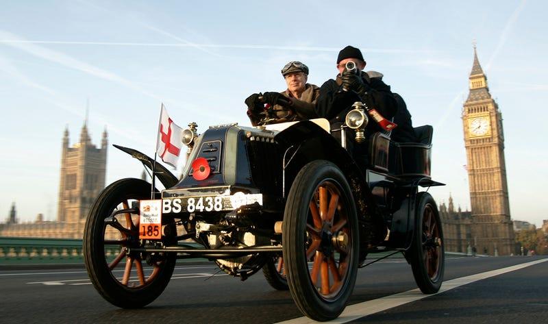 Reino Unido prohibirá vehículos diésel y de gasolina para 2040