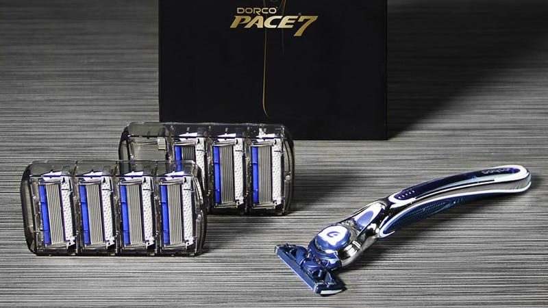 Dorco Pace 7 Gift Set | Dorco | Promo code KINJA2618