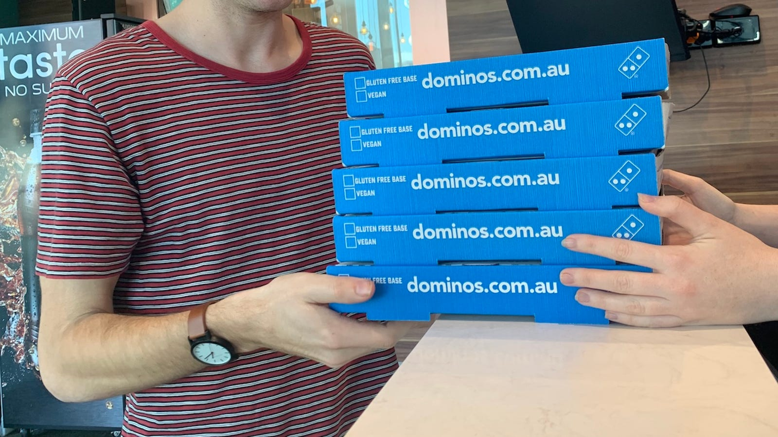 QnA VBage Domino's Tests Cashless Stores in Australia as the World Ditches Paper Money