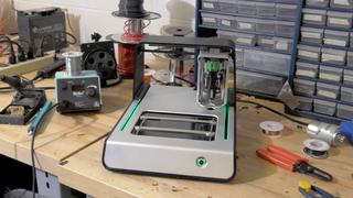 Illustration for article titled Esta impresora de placas de circuitos arrasa en Kickstarter