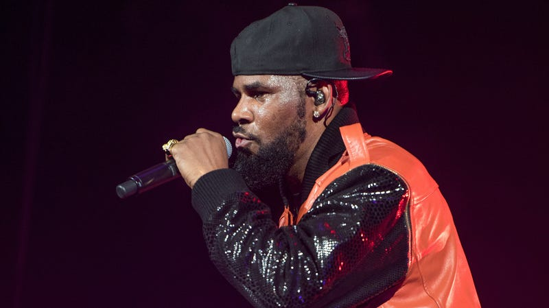 Illustration for article titled R. Kelly charged with 10 counts of criminal sexual abuse
