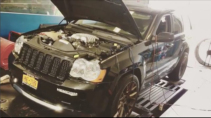 someone made their own jeep grand cherokee hellcat and holy crap is it fast. Black Bedroom Furniture Sets. Home Design Ideas