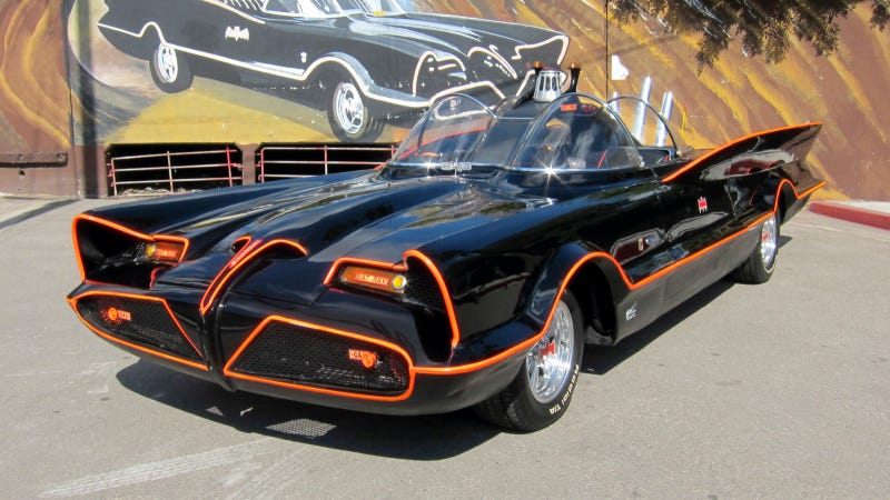 Illustration for article titled THWACK! The Original 1960s Batmobile Sells For A Whopping $4.2 Million At Barrett-Jackson