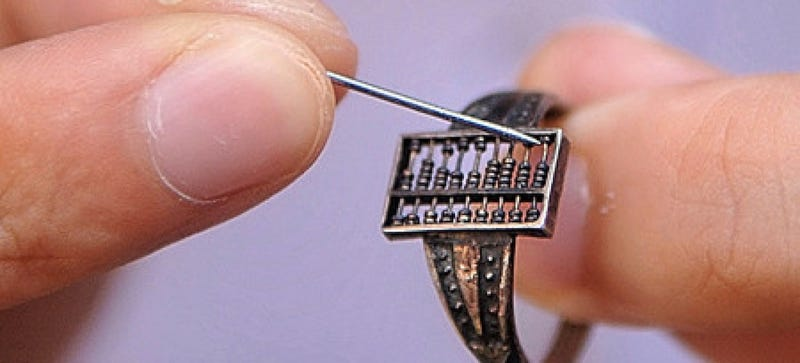 Illustration for article titled This Wearable Abacus Is Basically the World's Oldest Smart Ring
