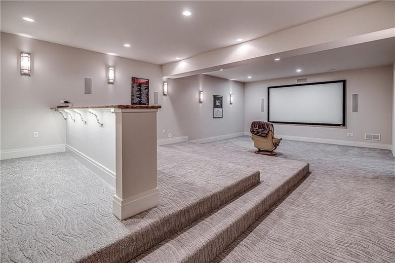 Illustration for article titled Phil Kessel's Pittsburgh House Is For Sale, And It Has The Loneliest Home Theater In The World