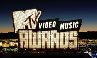 Illustration for article titled VMAs Introduce 'Best Video With A Message' Category