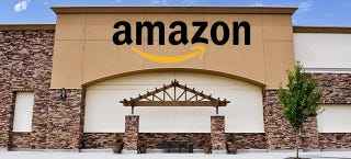 Illustration for article titled WSJ: Amazon Is Opening a Brick-and-Mortar Store in Manhattan