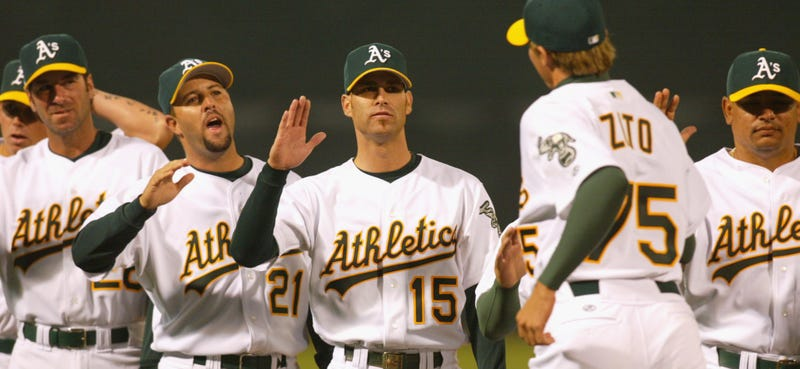 Illustration for article titled Barry Zito And Tim Hudson Will Face Off On Saturday