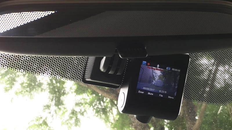 Anker Roav Dash Cam C1 1080P Wi-Fi | $60 | AmazonAnker Roav Dash Cam C1 Pro 2K GPS/Wi-Fi | $80 | Amazon